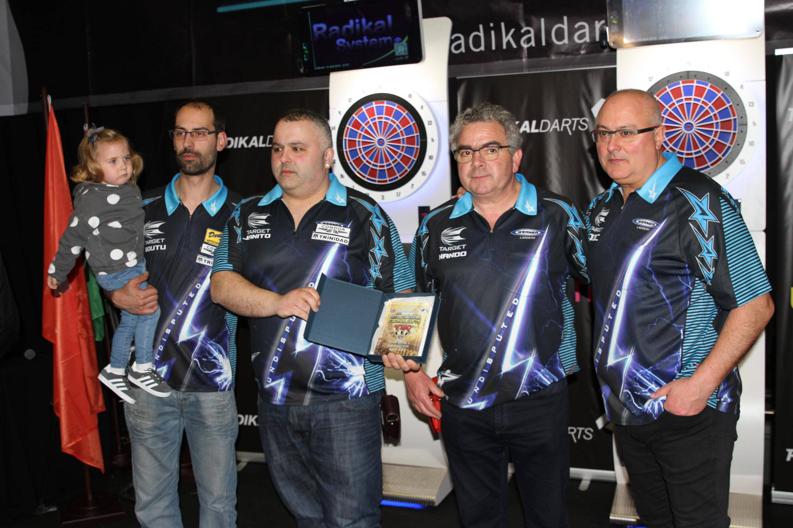 Internacional Radikal Darts 3º La Central Equipos Nivel 1